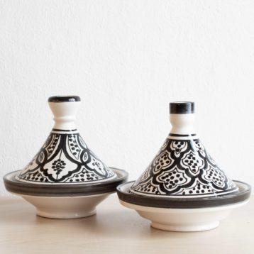 Marokkanischer Tajine SAFI in schwarz weiß. Modernes Geschirr in schwarz-weiß.