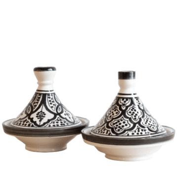 Marokkanische Tajine in schwarz weiß aus Steingut