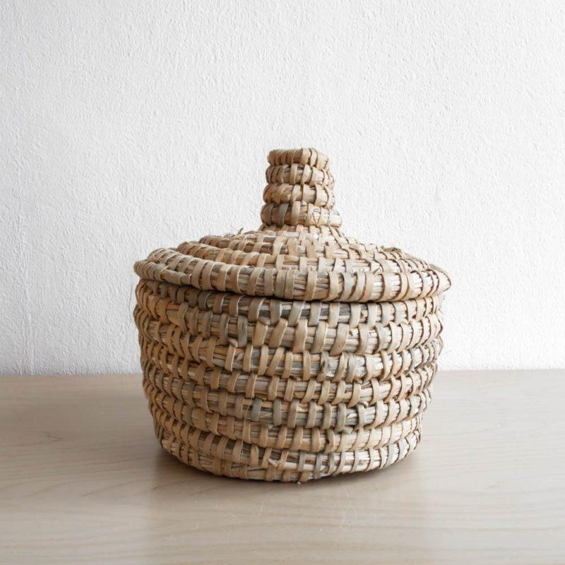 Marokkanischer Korb aus Palmblättern