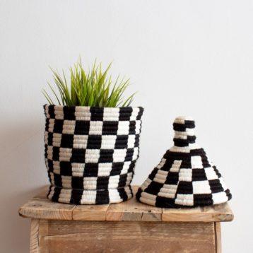 Berber Körbe in schwarz weiß