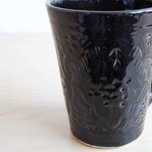 Strukturierte Tasse BLACK