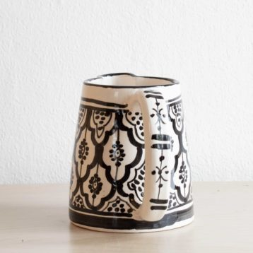 Marokkanischer Kanne DOTS in schwarz weiß