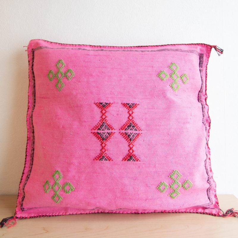 Sabra Kissen aus Kaktusseide rosa