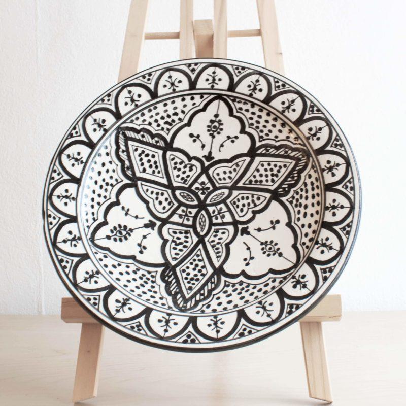 Marokkanische Teller ORIENT in schwarz weiß