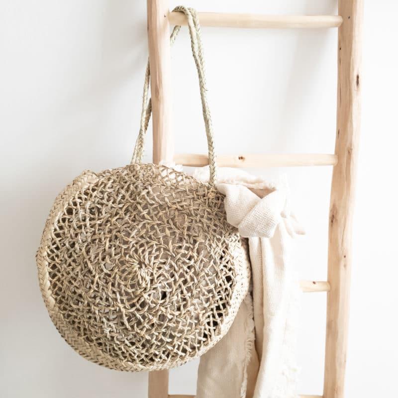 Korbtasche aus Palmblättern