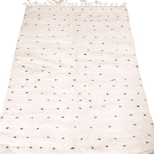 Beni Ourain Teppich mit schwarzen Punkten