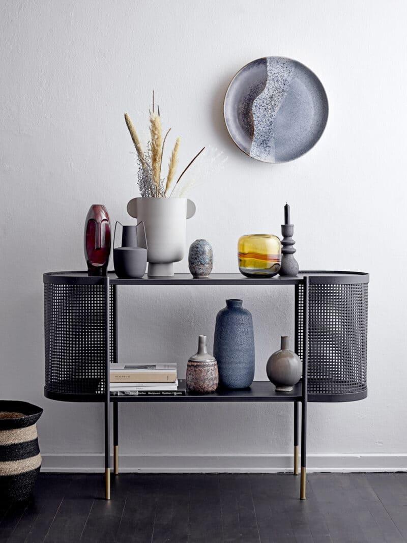 Bloomingville - Vase IRIE organisch geformt aus Metall in hellgrau matt